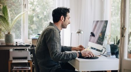 Compare desktop computers