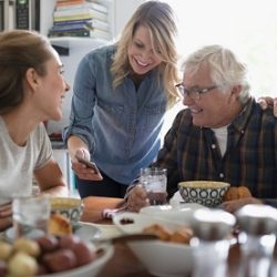 Family loans: How to borrow from and lend to family