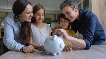 10 ways to teach kids about money