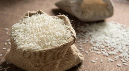 Tempat membeli beras secara online di Indonesia
