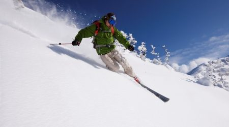 When is the best time to ski in Japan?