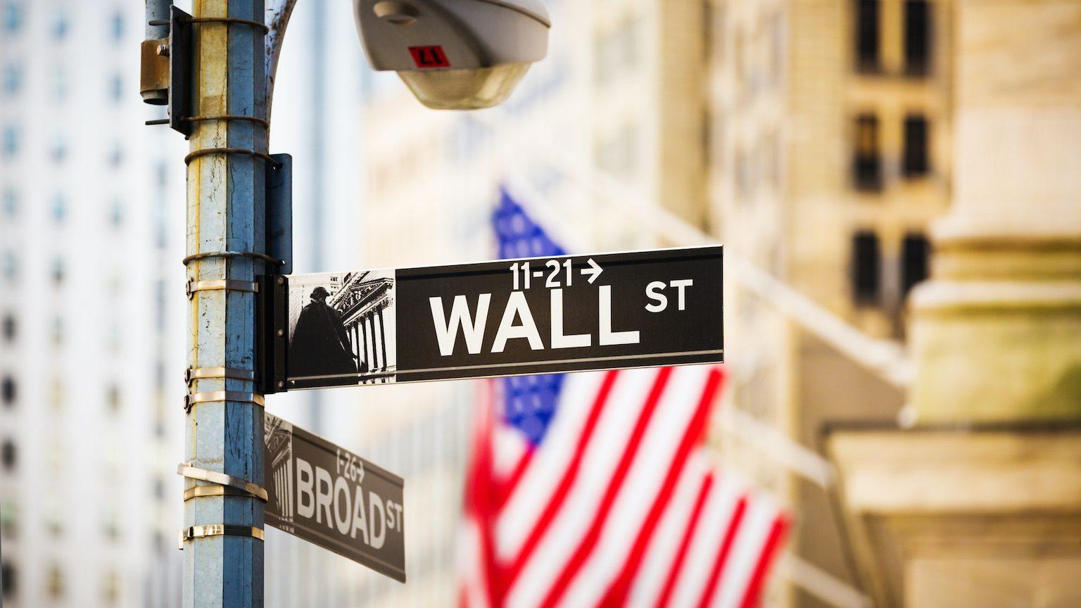 Wall Street sign, New York City, USA.