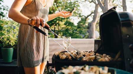 Where to buy gas barbecues, charcoal barbecues and disposable barbecues online