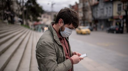 Coronavirus: Brits told to wear face masks on public transport or face a fine