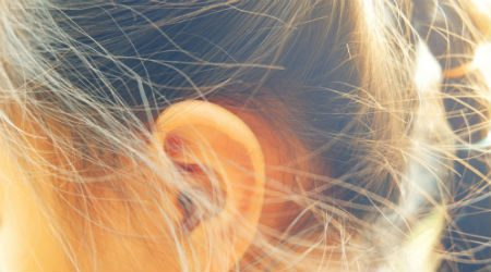 8 quick-fix tricks to hide oily hair