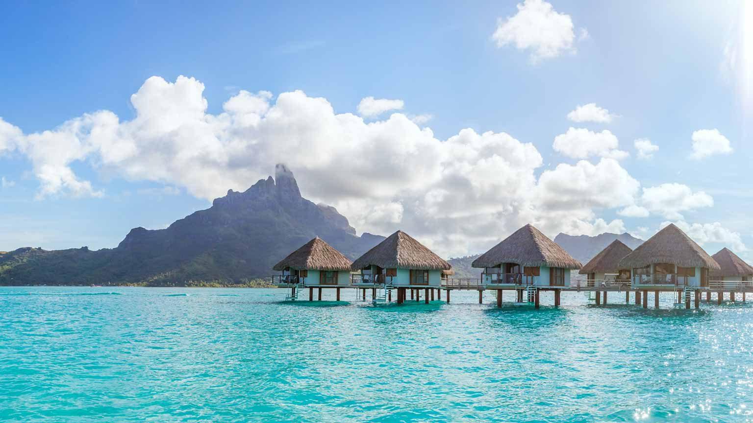 Bungalow accommodation in Bora Bora, French Polynesia
