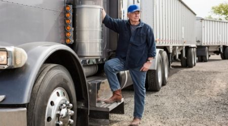Compare business loans for trucking companies