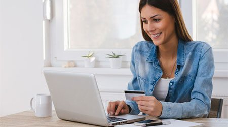 How to use a credit card to shop online