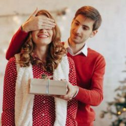Christmas Gift Ideas For Your Girlfriend In 2020 Finder Canada