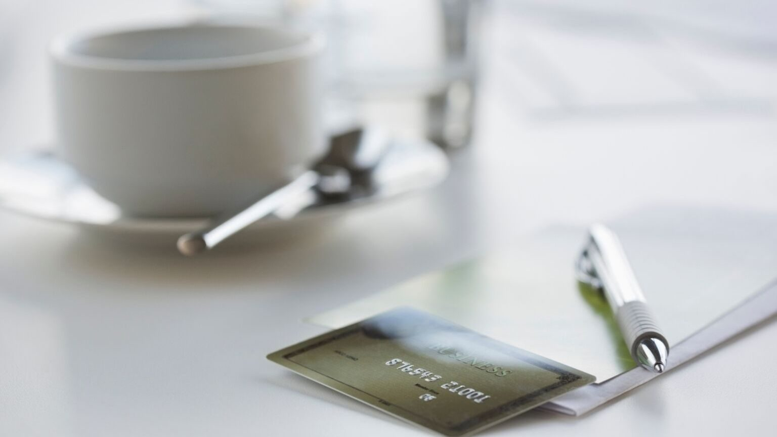 credit cards with complimentary insurance