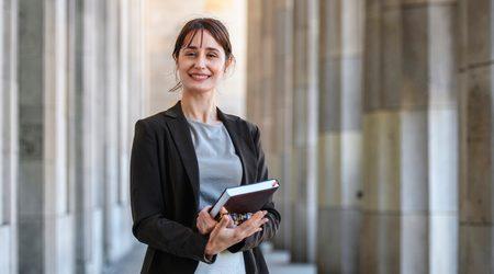 Law school loans options in Canada
