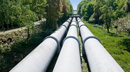 Investing in pipeline stocks