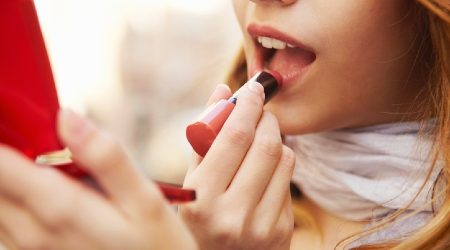 Beauty and makeup stores to buy lipstick online 2021