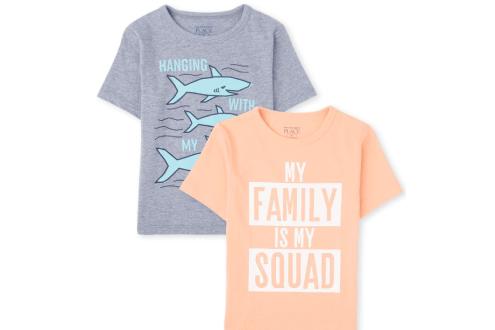 Family graphic tee